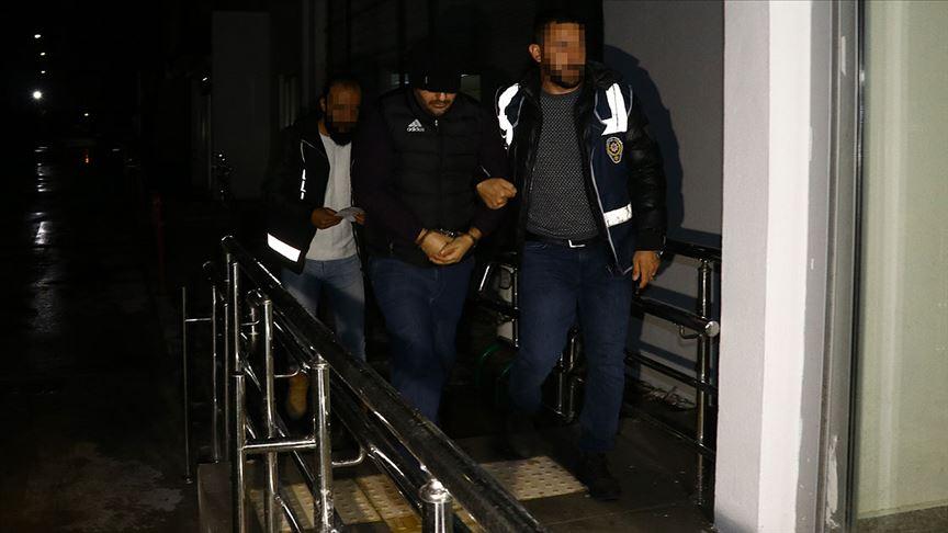 Adana'daki uyuşturucu operasyonunda gözaltına alınan 16 zanlıdan 3'ü tutuklandı