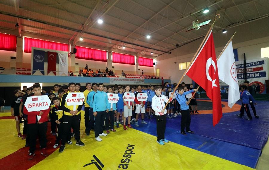Anadolu Yıldızları Ligi (ANALİG) Güreş Müsabakaları, Adana'da tamamlandı