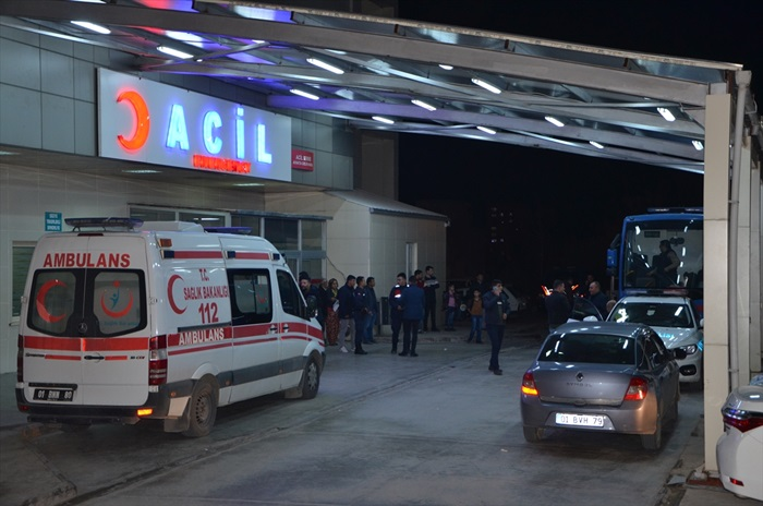Adana'da gıda zehirlenmesi şüphesiyle hastaneye kaldırılan 15 mahkum taburcu edildi