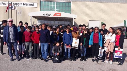 Karaisalı Belediyesi Öğrencileri Kitap Fuarına Taşıdı