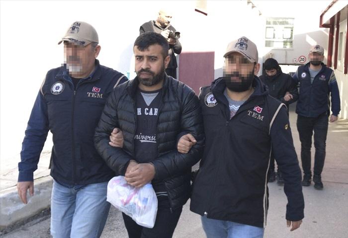 """Suriye'deki terör gruplarına """"drone"""" gönderdiği iddiasıyla 3 şüpheli tutuklandı"""