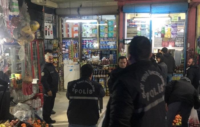 Adana'da tabancayla oynarken kendisini vuran kişi ağır yaralandı