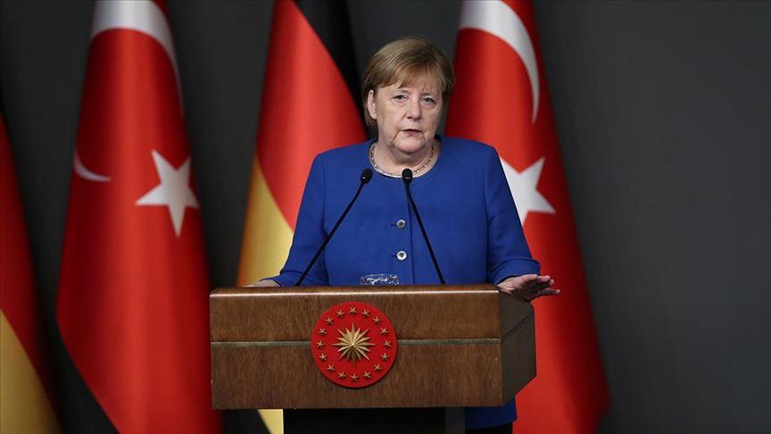Merkel: İdlib'ten kaçanlar için maddi katkıya hazırız
