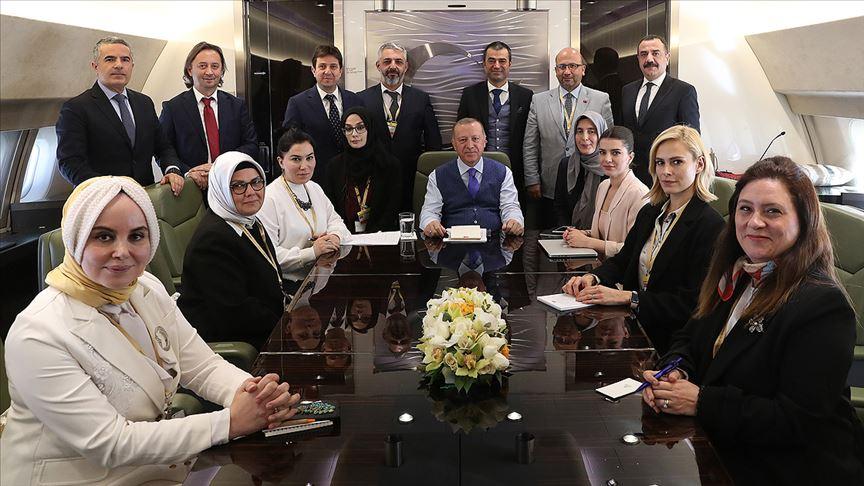 Erdoğan: Hem Moskova'dan hem Berlin'den kaçan Hafter ateşkesi ihlal ediyor