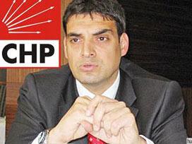 CHP'li Oran, Baykal Erdoğan'ın eliyle indi?