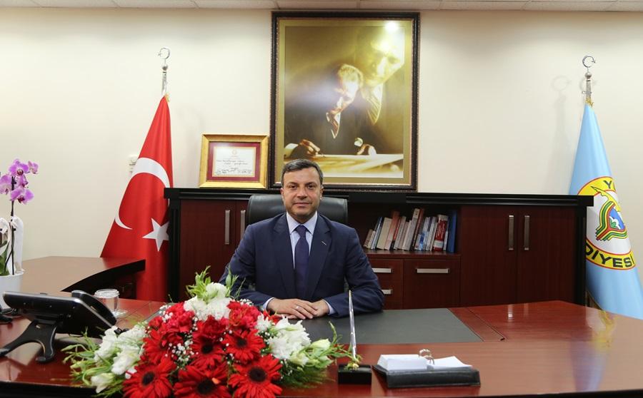 Yüreğir Belediye Başkanı Kocaispir maaşını Kovid-19 mağdurları için bağışladı