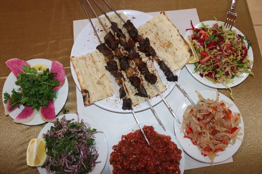 Adana'da yeni lezzet: Kaz etinden kebap