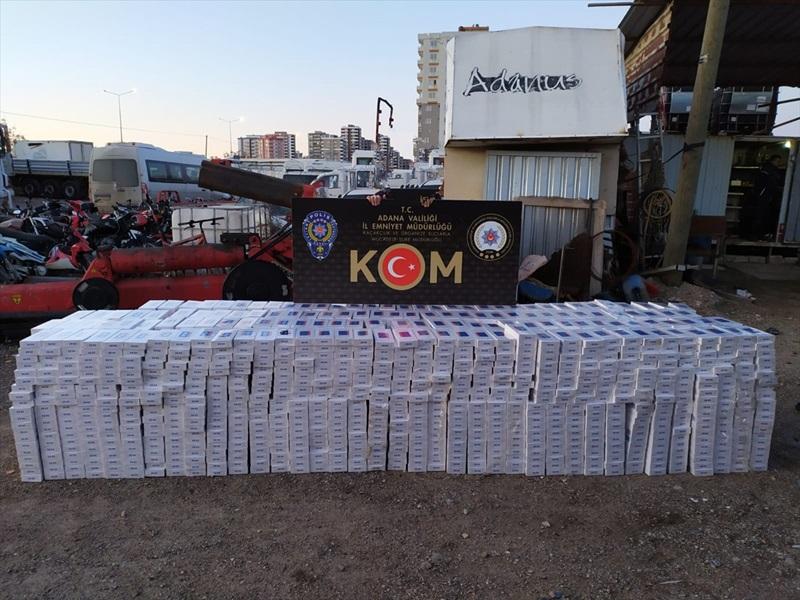 Adana'da bir tırda 28 bin 550 paket kaçak sigara ele geçirildi