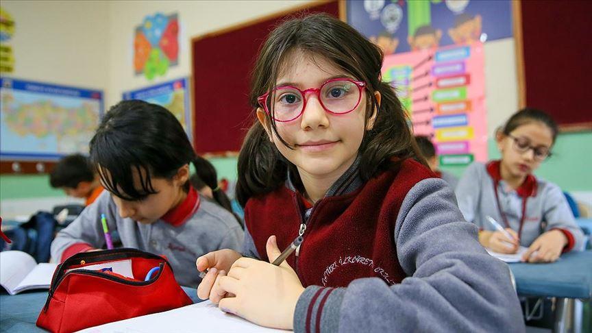 Matematik şampiyonu Elanur bilim insanı olmak istiyor