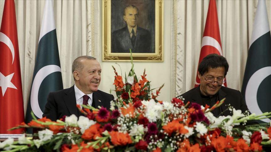 Erdoğan'ın Pakistan ziyareti ülke basınında geniş yer buldu