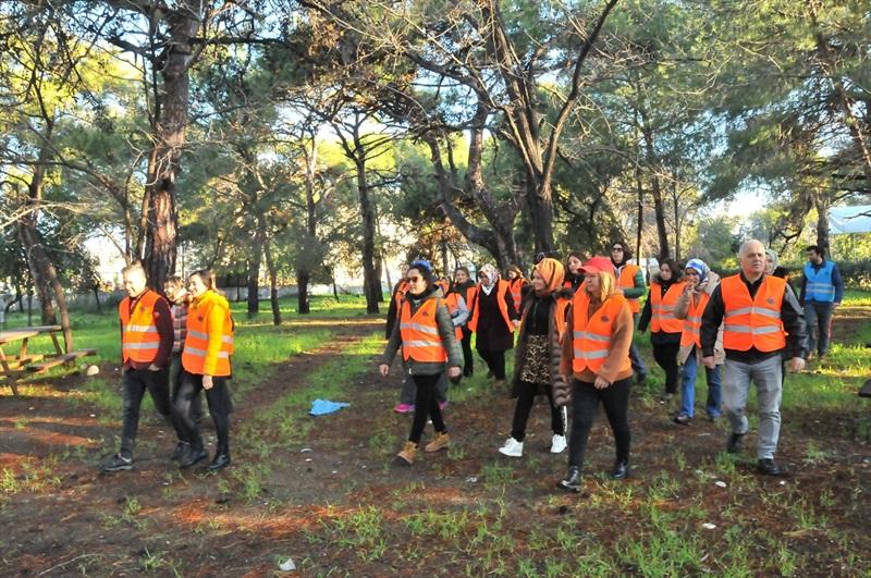 """Mersin'de öğretmenler """"Deniz ve Doğa Okulu Kampı""""nda buluştu"""