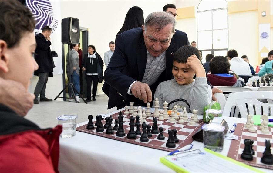 Seyhan Belediyesi satranç turnuvası yapıldı