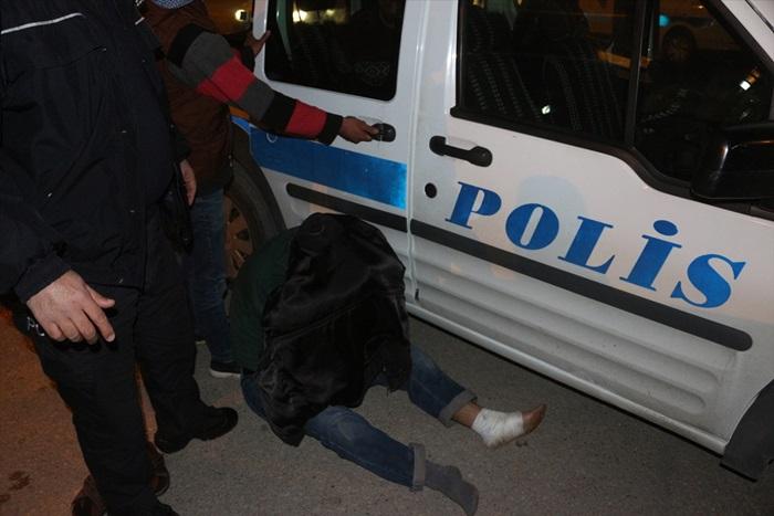 Adana'da yetersiz ehliyetle araç kullanan sürücüye ceza