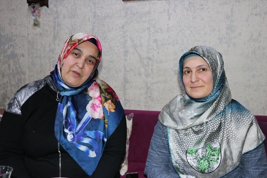 """28 Şubat'ta başörtülü 2 kadının """"hayalleri çalındı"""""""