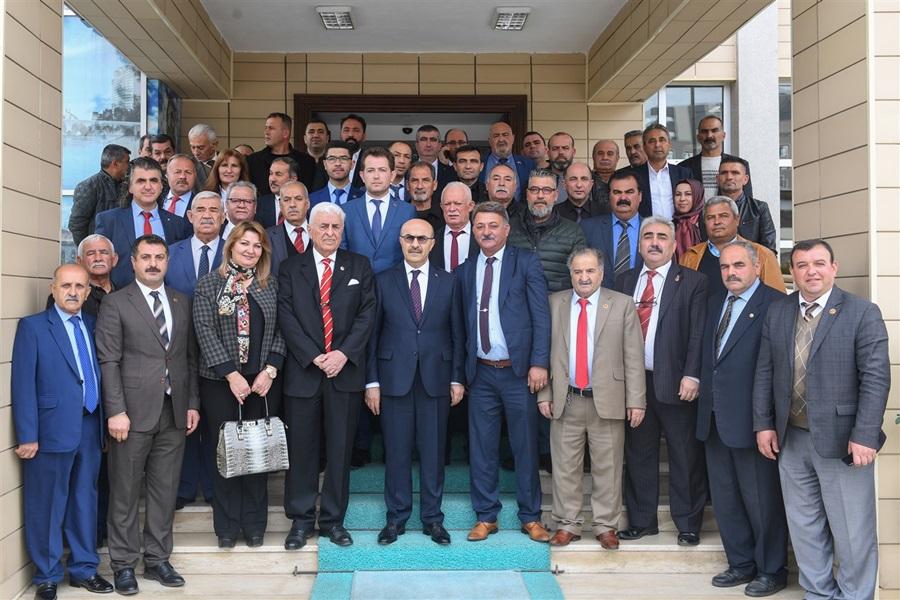 Kıbrıslı Muhtarlardan Vali Demirtaş'a Ziyaret