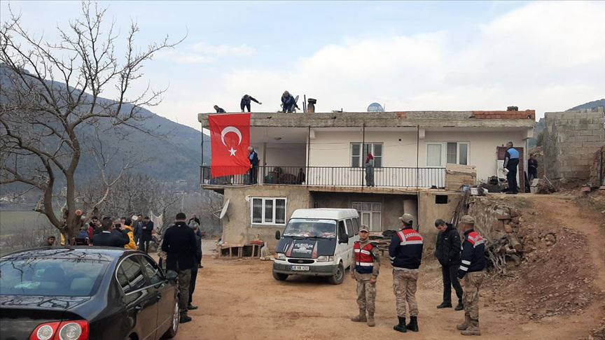 İdlib şehitlerinin ailelerine acı haber verilmeye başlandı