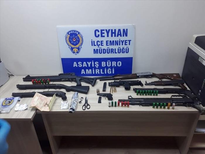 Adana'da 2 kişinin yaralandığı silahlı kavgalarla ilgili 13 şüpheli yakalandı