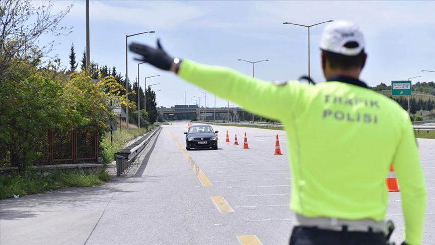 İçişleri Bakanlığı araç giriş kısıtlamasına ilişkin istisnaları belirleyen ek genelge yayımladı