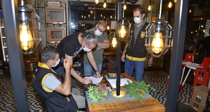 Adana'daki denetimlerde çeşitli suçlardan aranan 36 kişi yakalandı