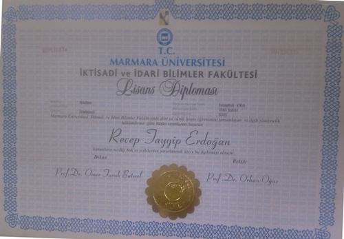 İşte Başbakan Erdoğan'ın diploması