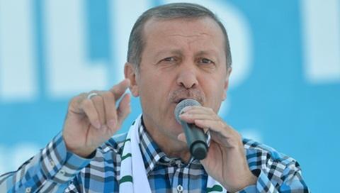 Başbakan Erdoğan'dan, Fenerbahçe Kaptanı Belözoğlu'na Kutlama Koray Ustabaşı