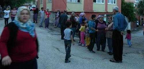 Mahalleliler kaybolan 4 çocuk için seferber oldu
