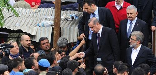 """""""Dualarımız sizinle Başbakanım"""""""