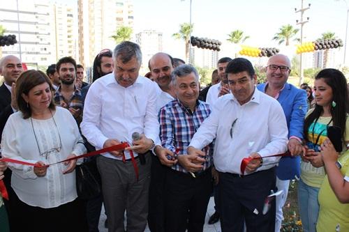 Girişimci Üç Kardeş Bölgenin En Büyük Mağazasını Adana?da Açtı