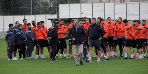 Adanaspor yönetimi istifa etti
