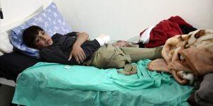 Çocuklar Halep'ten savaşın izleriyle geldiler