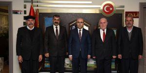 Adıyaman Hacı Bektaş Veli Anadolu Kültür Vakfı Heyeti, Vali Mahmut Demirtaş'ı Ziyaret Etti