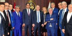 Özdağ, İYİ Parti Genel Başkan Yardımcılığından istifa etti