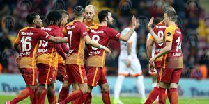 Galatasaray, Adanaspor'u 4-0 yendi.