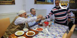 Huzurevinde ramazan