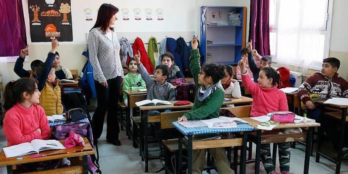 25 bin yeni öğretmen eğitim ailesiyle buluşacak