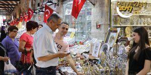Osmanlı çarşılarında 'bayram hareketliliği' başladı
