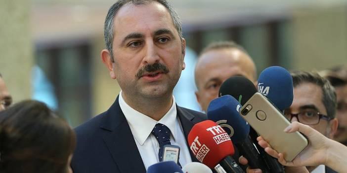 Adalet Bakanı Gül: Akıncı, ecdadımızı ve aziz şehitlerimizi incitmiştir