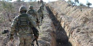Mehmetçik Afrin'de teröristlere ait sığınakları arıyor