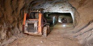 AA, teröristlerin Afrin merkezindeki tünellerini görüntüledi