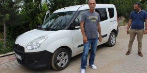 Adana'da otomobilden hırsızlık