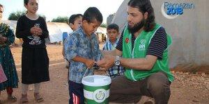 İHH'dan Suriye'de her gün 50 bin kişiye iftar