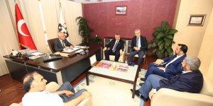 SP Milletvekili Adayları ATO Meclis Başkanı İsmail Acı'yı Makamında Ziyaret Etti.