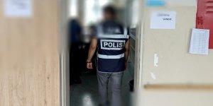 Adana'da silahının ateş alması sonucu vurulduğu iddia edilen polisin eşi tutuklandı
