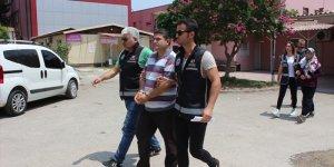Adana'da sahte kimlikle yakalanan FETÖ şüphelisi çift tutuklandı