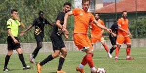 Adanaspor hazırlık maçında Osmanlıspor'la 0-0 berabere kaldı
