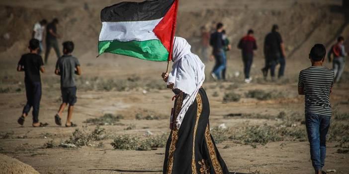 İsrail askerleri Gazze sınırında 4 Filistinliyi şehit etti