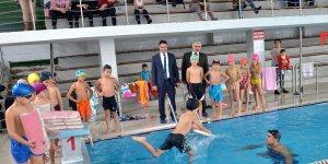 """""""Yüzme Bilmeyen Kalmasın"""" Projesi Adana'da da Hayata Geçirildi."""