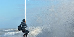 Mersin'de kuvvetli rüzgar