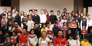Cerebral Palsy'li Çocuklar Engel Tanımayan Şampiyonlarla Buluştu