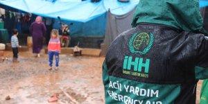 Suriye'de çadır ve barakalarda kalanlara yardım